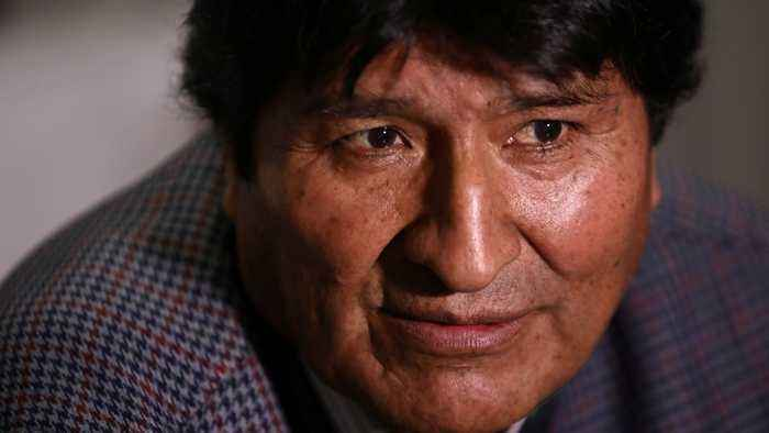 Bolivia unrest: Morales looks for way to return home