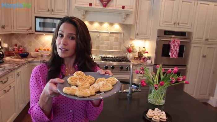 Strawberry Straws, Banana Wraps, And 'Grate' Butter - Kitchen Hacks With Marysol