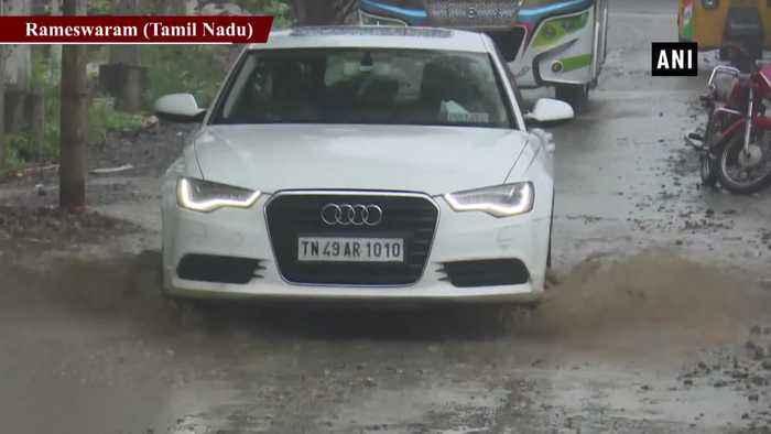 Unseasonal rain lashes Tamil Nadu Rameswaram
