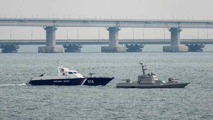 Russia says it will return captured naval ships to Ukraine on Monday