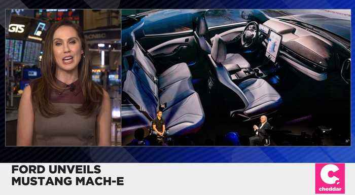 Ford Unveils Electric SUV Mustang Mach-E