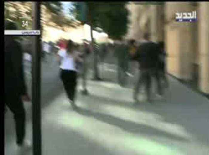 Lebanese protesters attack MP convoy enroute to parliament