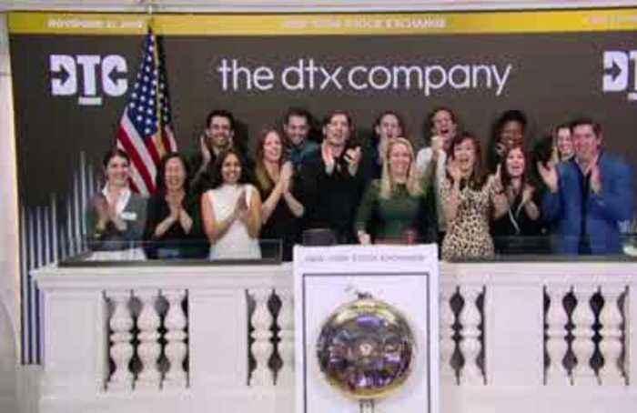 Wall Street ends slightly lower