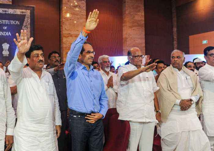 Shiv Sena-NCP-Congress MLAs take oath in Mumbai | OneIndia News