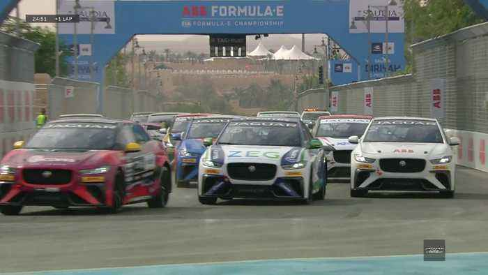 Jaguar I-Pace eTrophy - Round one race Hightlights