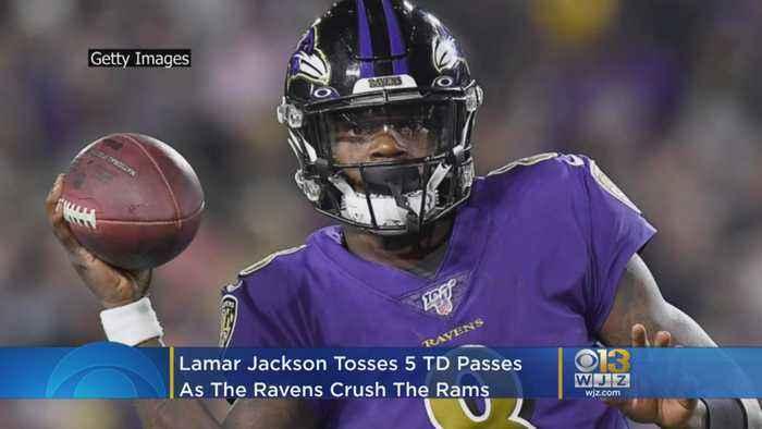 Lamar Jackson Throws 5 TD Passes, Ravens Rout Rams 45-6