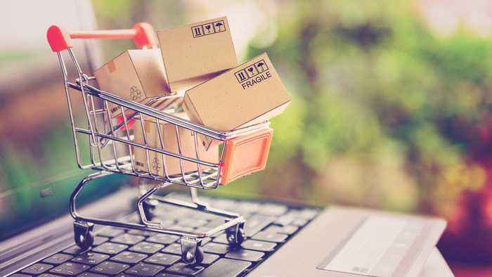 Here's the Difference Between Cyber Monday and Alibaba Singles Day