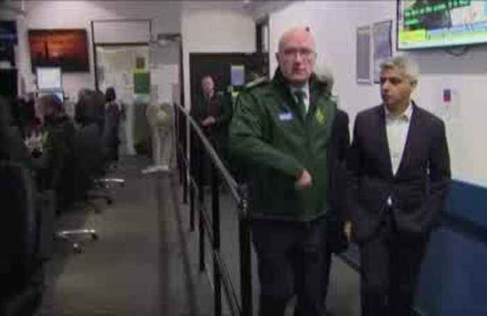 London mayor thanks emergency workers after London Bridge attack