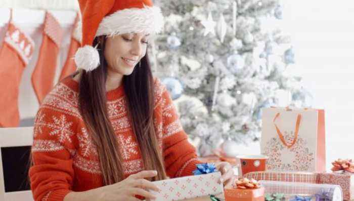 The Shocking Number of Parents Who Would Mess Up Their Credit to Spoil Their Kids This Holiday Season