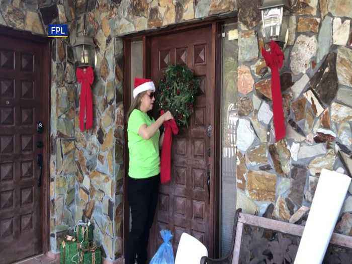 FPL 'Elves' Decorate Vietnam Veteran's Home For The Holidays