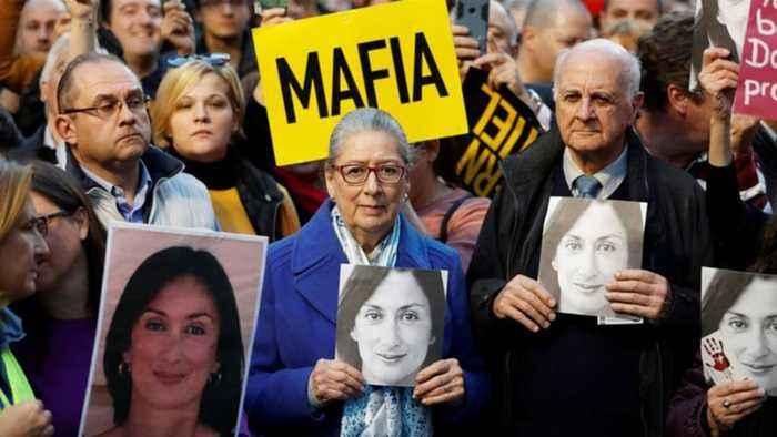 European Union calls on Malta PM to resign