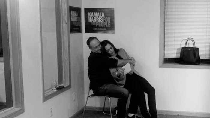 'I've Got You': Kamala Harris' Husband Tweets Moving Photo After She Drops 2020 Bid