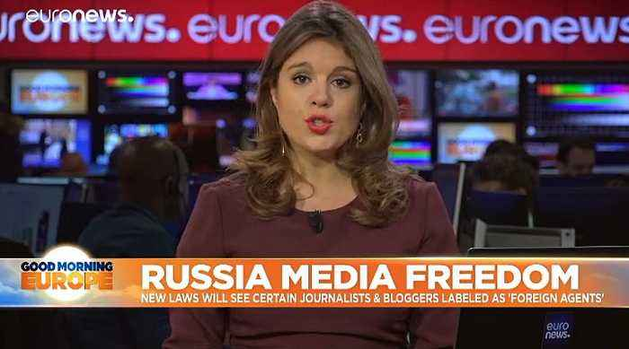 Russia Media Freedom: New laws label journalists & bloggers 'foreign agents'