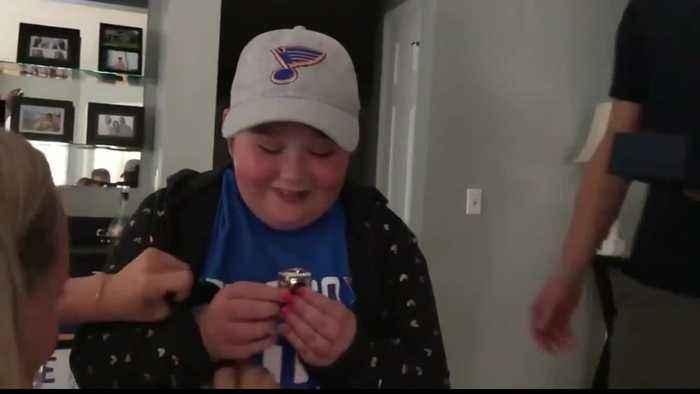 Bone marrow donor will meet St. Louis Blues superfan he helped