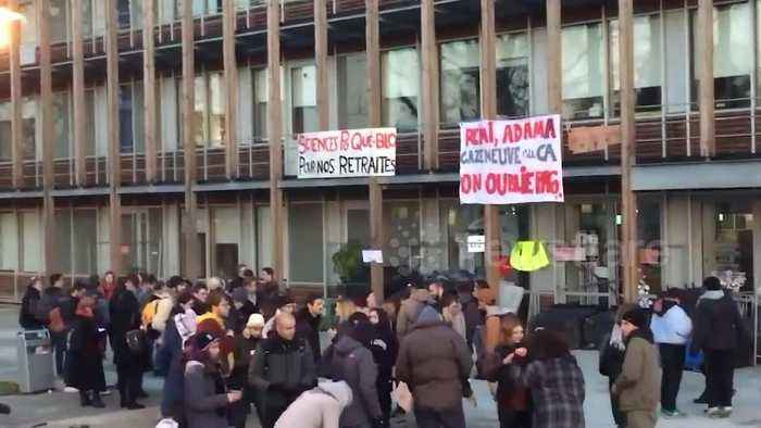 Students blockade university in France during country's strike