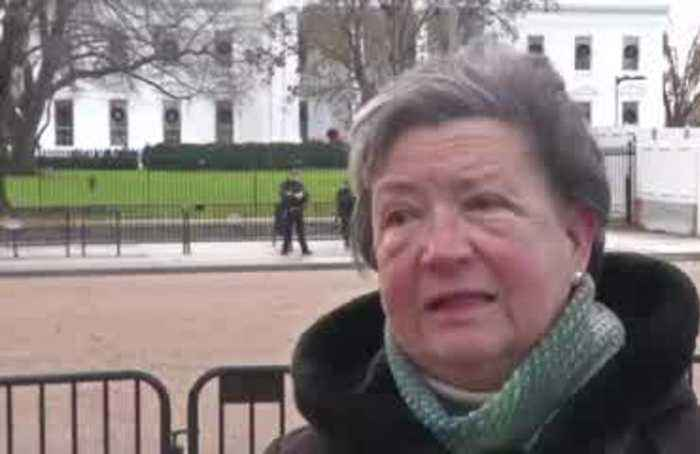 People outside WH react to Pelosi's impeachment announcement