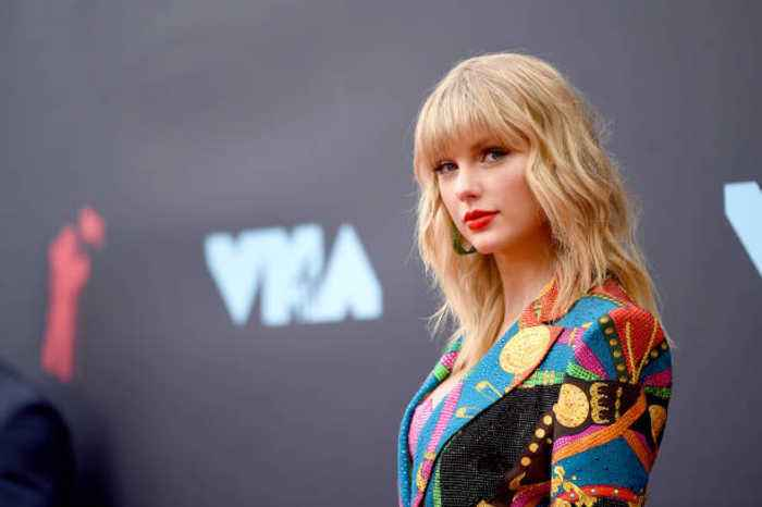 Taylor Swift Opens up About Her Struggle With Body Positivity