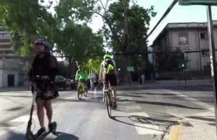 Chileans turn to bikes as protests hobble transport