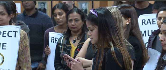 Parents and students pack CCSD board meeting to complain about Clark High School principal