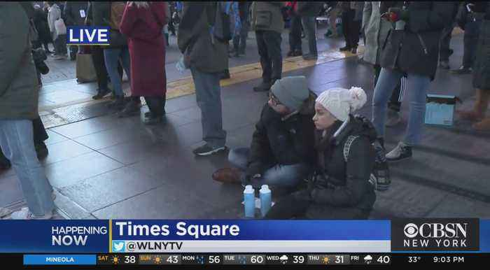 Times Square Sleep Out Raising Awareness For Homelessness