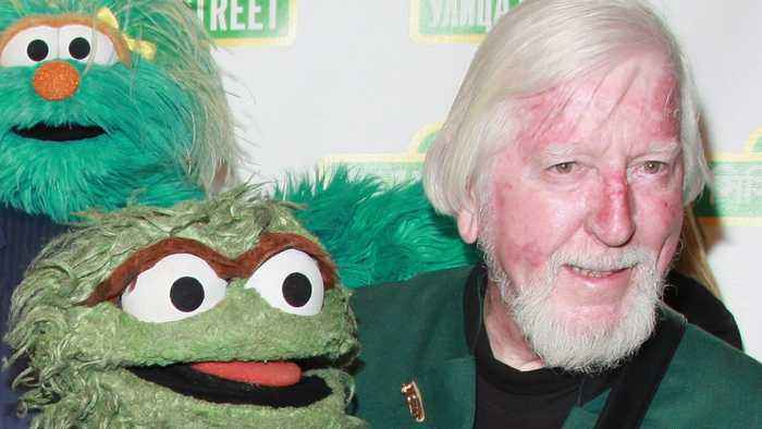 Caroll Spinney, Puppeteer To Big Bird And Oscar The Grouch, Dies At 85