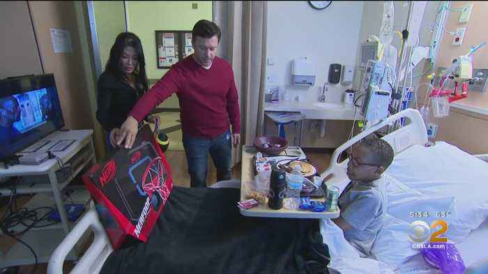 CBS Stars Bring Holiday Cheer To Kids At Children's Hospital Los Angeles