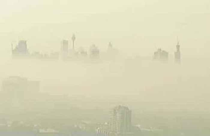 A blanket of hazardous smoke chokes Sydney