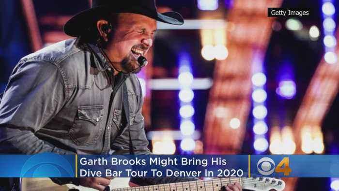 Garth Brooks Might Bring Dive Bar Tour To Denver