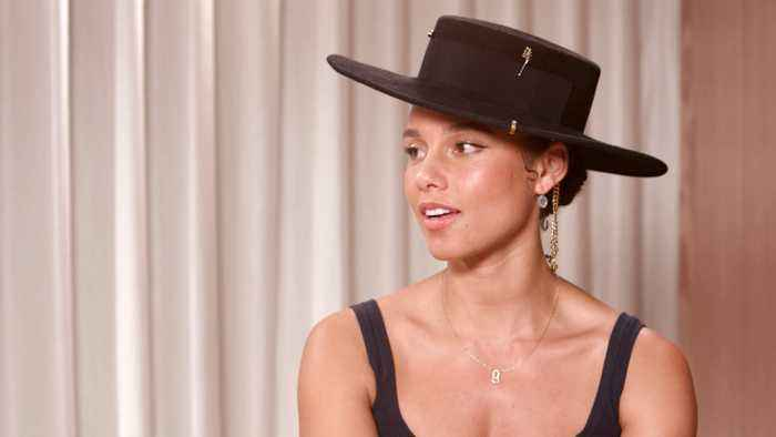 Alicia Keys Talks Taylor Swift, Hosting The 2020 Grammys