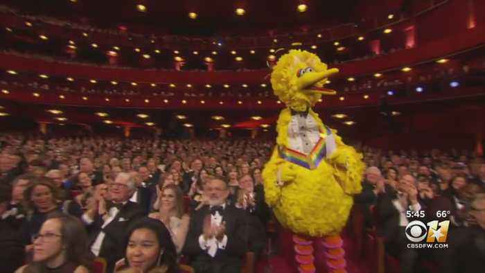 Tune In Tonight To Watch 42nd Annual 'Kennedy Center Honors'