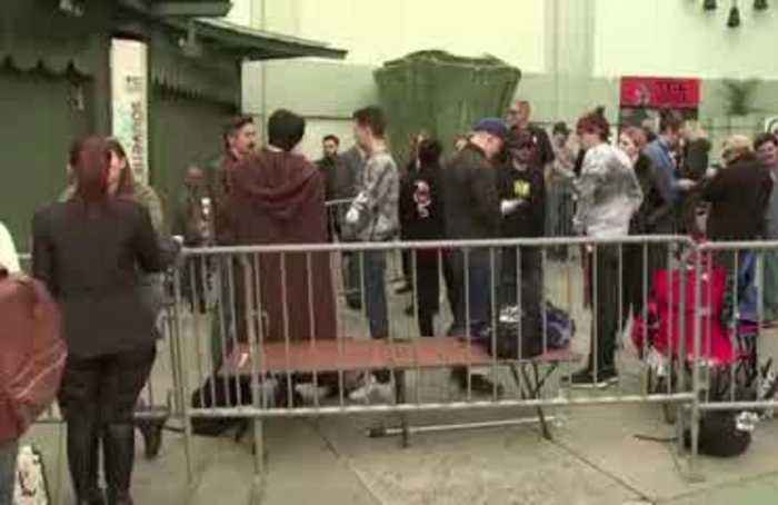 Star Wars fans camp out on Hollywood Boulevard