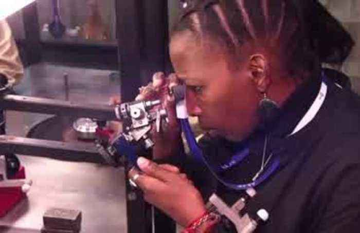South African sisters cut a niche in the diamond industry