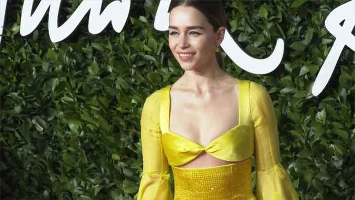 Emilia Clarke bans selfies after fan approached her during panic attack
