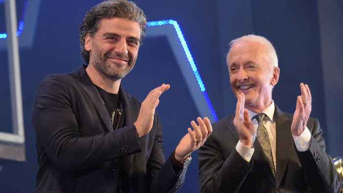 Oscar Isaac emotional witnessing Anthony Daniels' Star Wars farewell speech