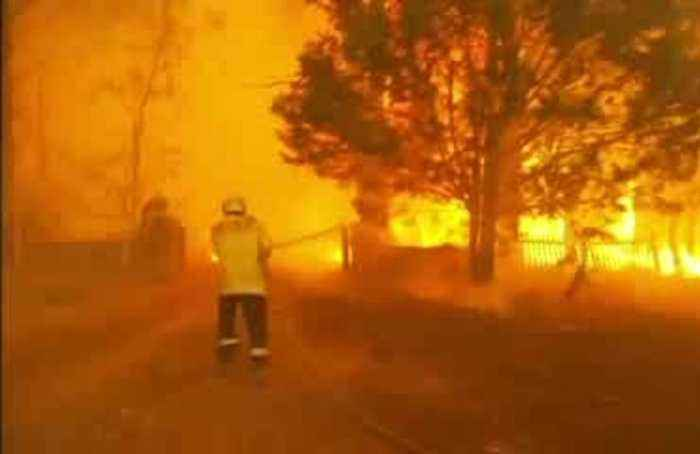 'An awful day': catastrophic conditions fuel Australia's bushfires
