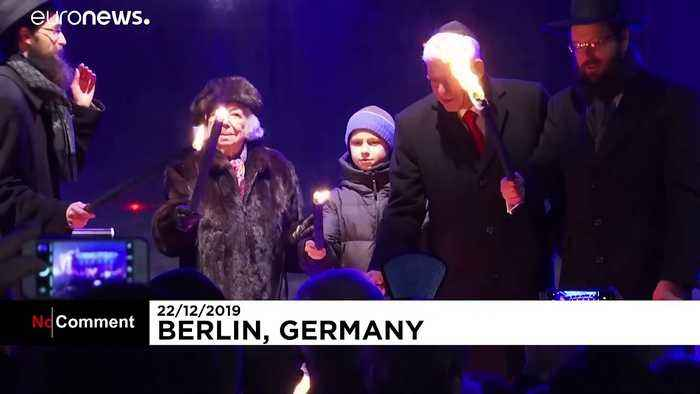 Hannukah: Germany's Jews celebrate the start of Festival of Lights