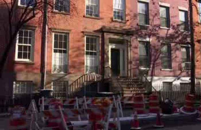 NY home gets avalanche of Santa letters