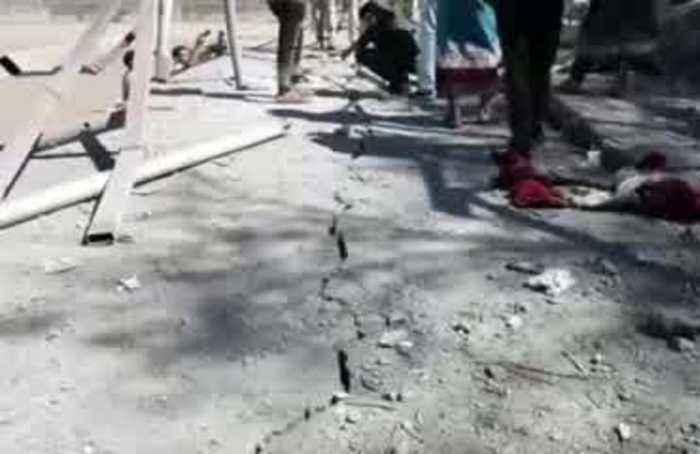 Missile strikes military parade in Yemen