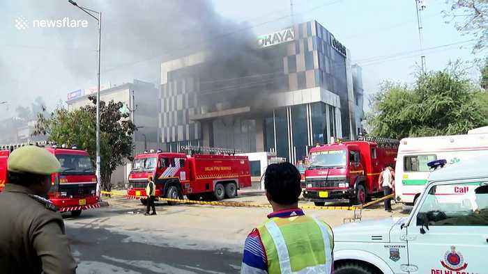 Massive fire breaks out at factory in Delhi leaving 14 injured and one dead