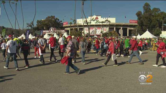 Oregon, Wisconsin Fans Flock To Pasadena For Rose Bowl