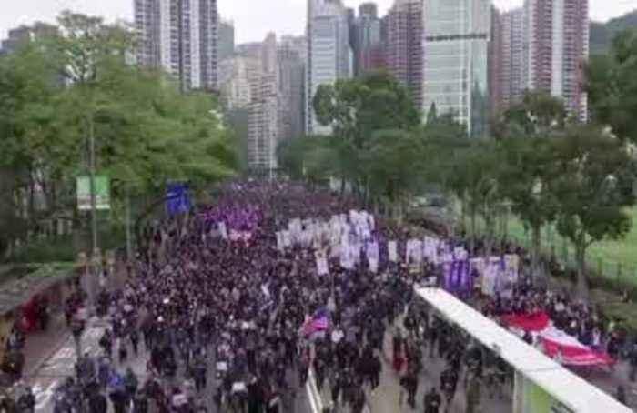 Hong Kong's 2020 begins with violent protests