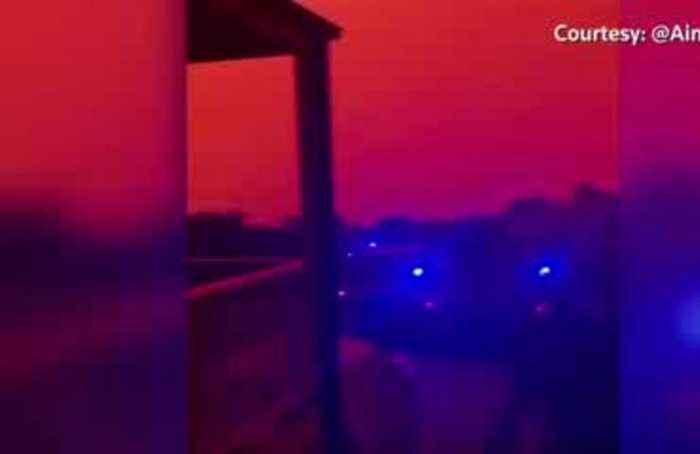 Bushfires rage out of control across southeast Australia