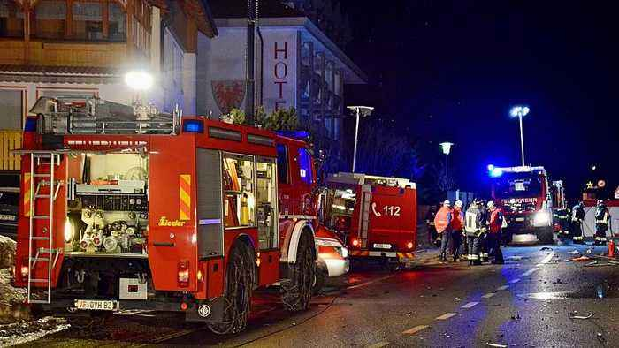 Car hits crowd of German tourists in Luttach, Italy — 6 dead