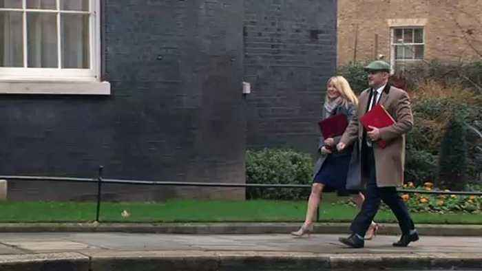 Cabinet arrives at Downing St as Parliament returns