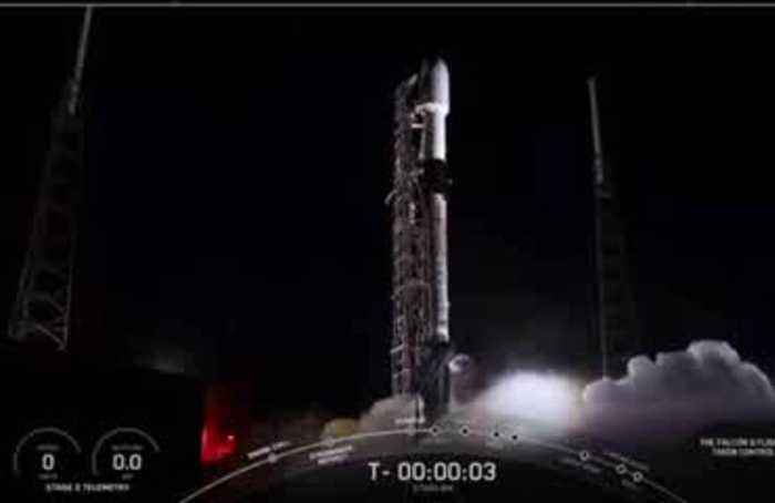 SpaceX launches new round of Starlink satellites
