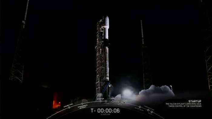 SpaceX launches 60 new internet satellites into orbit