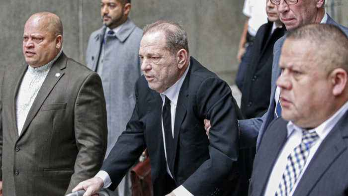 Harvey Weinstein threatened with jail over courtroom cell phone use
