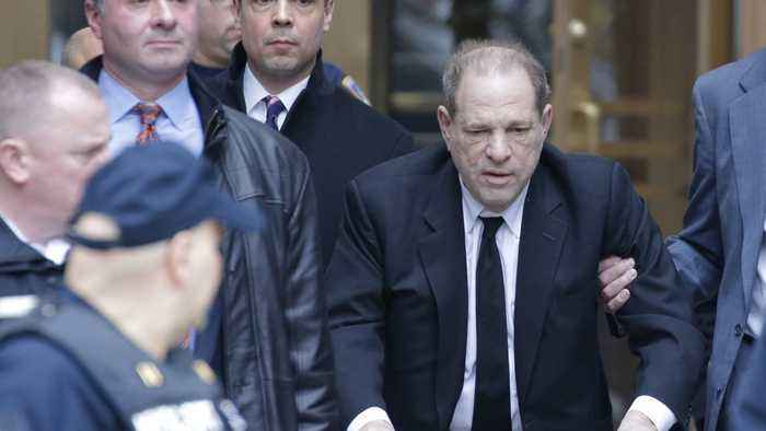 Judge Threatens Harvey Weinstein With Jail For Using His Cell Phone In Court