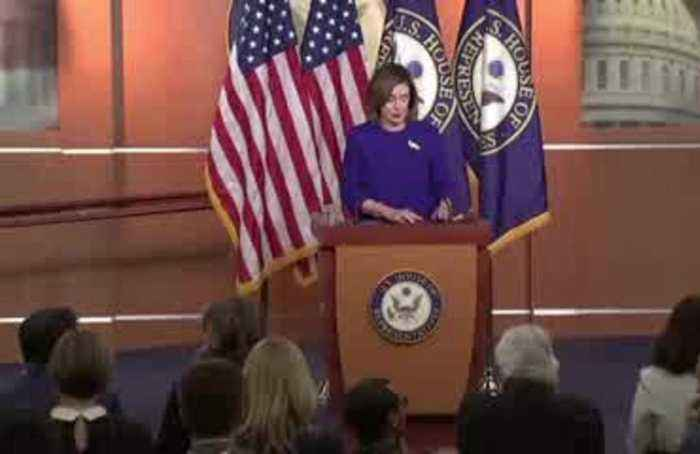 Pelosi signals impeachment charges may go to Senate next week