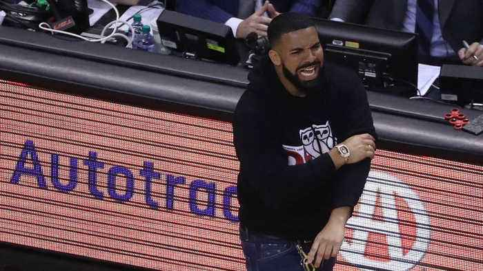 Ravens fans blame Drake for playoff loss to Titans